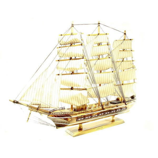 macheta corabie de lemn cu panze